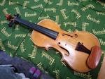 violinH271022.jpg